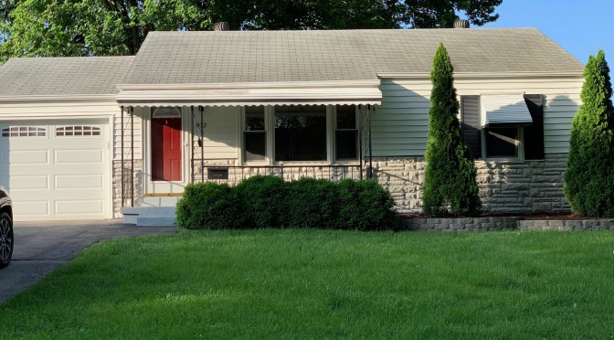 937 Loekes Drive, Florissant ~ Move-In Ready Home!